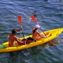 canoeing-1521660_1920